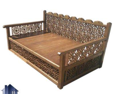 تخت چوبی سنتی چهار نفره TrK240 طراحی شده برای قهوه خانه رستوران سفره خانه وفضای باز که به تخت باغی نیز معروف میباشد; که با رنگهای متنوع ساخته میشود