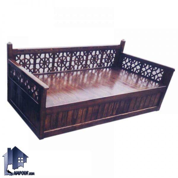 تخت چوبی سنتی چهار نفره TrK248 که دارای طراحی برای قهوه خانه و رستوران و سفره خانه ها و فضای باز به صورت سنتی و به صورت شیک و کلاسیک میباشد