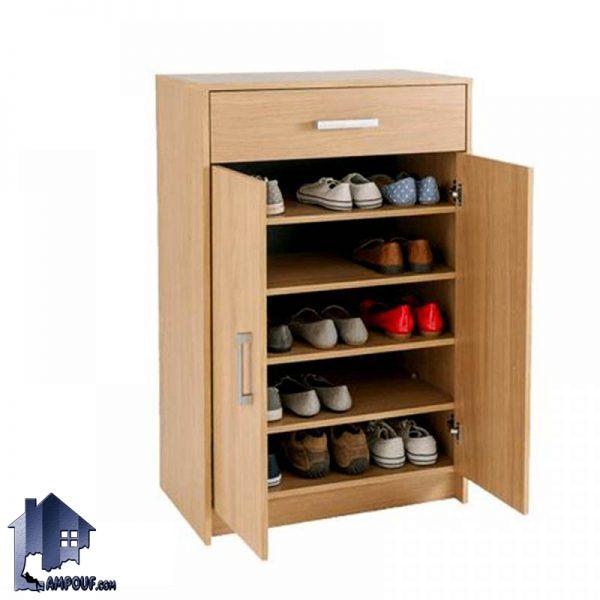جاکفشی SHJ153 با طراحی به صورت درب دار و کشو دار که میتواند به عنوان یک کمد و استند کفش در ورودی منزل و در داخل اتاق خواب مورد استفاده قرار بگیرد.