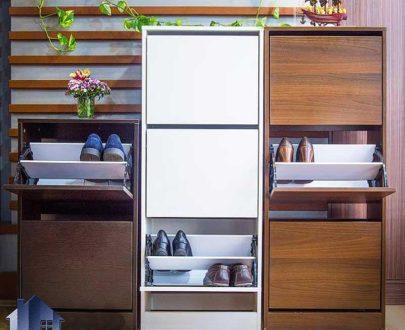 جاکفشی SHJ232 با طراحی به صورت ایستاده و سه تکه که دارای درب های جکدار و با طراحی به صورت درب داشبردی بوده و برای ورودی منزل و داخل اتاق خواب مناسب میباشد.