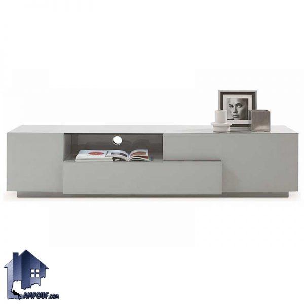 میز LCD مدل TTJ49 دارای طراحی به صورت کشو دار و درب دار و قفسه دار که به عنوان استند تلویزیون و زیر تلویزیونی دکوری زیبا در تی وی روم و پذیرایی ایجاد میکند.