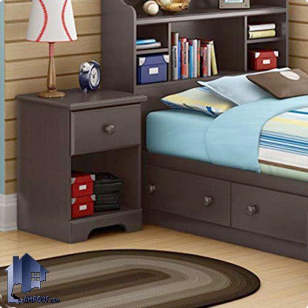 پاتختی BSTJ102 که به صورت کشو دار و قفسه دار طراحی شده و در کنار تخت و سرویس خواب با دکوری منحصر به فرد در داخل اتاق خواب میتواند مورد استفاده قرار بگیرد.