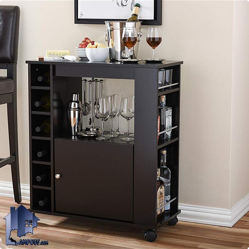میز اپن و بار BTJ108 به صورت چرخ دار و درب دار و به همراه قفسه بطری و فضایی برای قرار گیری لیوان که به عنوان یک ویترین و دکور بار مورد استفاده قرار میگیرد