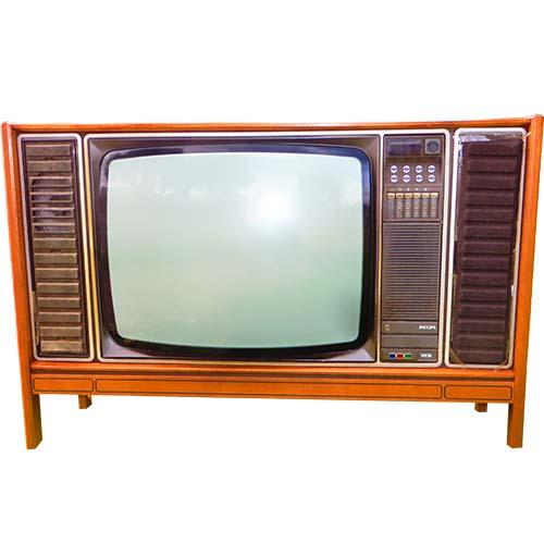 تلویزیون قدیمی کمددار