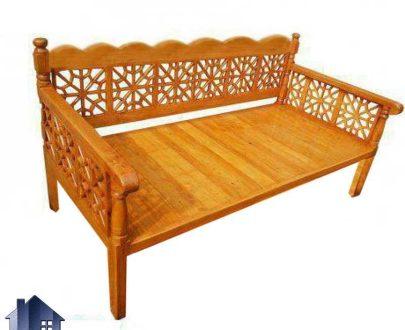 تخت سنتی سه نفره 160*60 مدل TRK100 که به عنوان یک تخت قهوه خانه ای چوبی در سفره خانه و ستوران و منازل و باغ و ویلا مورد استفاده قرار میگیرد.