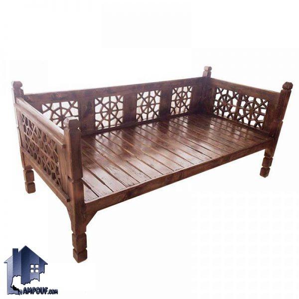 تخت سنتی چهارنفره 190*90 مدل TRK103 که دارای جنس چوبی و برای قهوه خانه و سفره خانه و رستوران به صورت سنتی و باغی در کنار دکور اداری مورد استفاده میباشد.