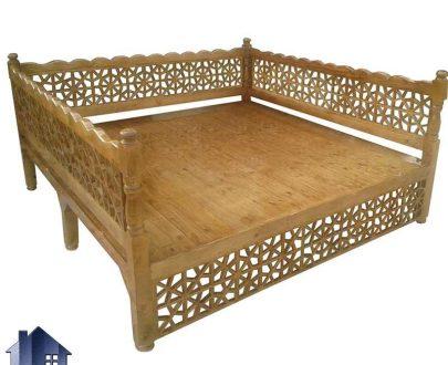 تخت سنتی هشت نفره Trk261 که به صورت مبلمان چوبی باغی و قهوه خانه ای در داخل منازل و ویلا های دارای دکور سنتی و رستوران و کافی شاپ و سفره خانه استفاده میشود.