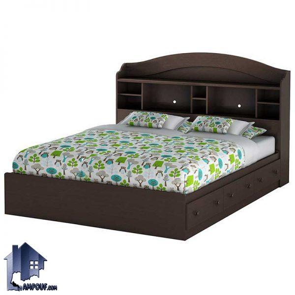 تخت خواب دو نفره DBJ127 به صورت کشو دار و تاج قفسه دار و ویترینی که به عنوان تختخواب دونفره در داخل اتاق خواب در کنار سرویس خواب مورد استفاده قرار میگیرد.