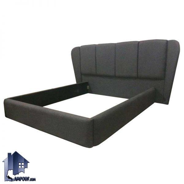 تخت خواب دو نفره DBRo403 که به عنوان تخت باکس تاج دار و تختخواب دونفره چستر لمسه دار در کنار سرویس خواب در داخل اتاق خواب استفاده میشود