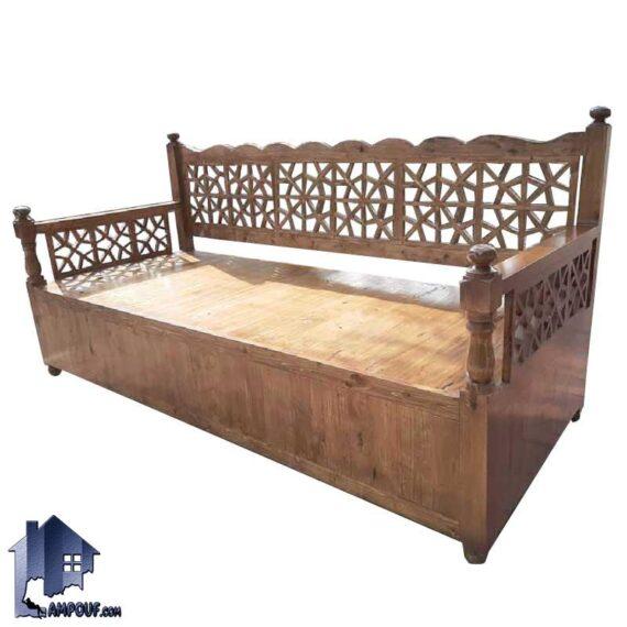 تخت سنتی چهارنفره TrK270 داری بدنه چوبی که به عنوان صندلی و تخت باغی، قهوه خانه ای در منازل، رستوران، کافی شاپ و فضای باز استفاده میشود.