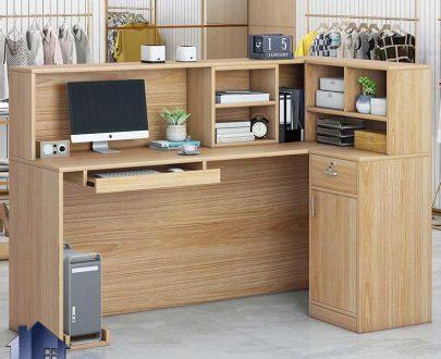میز کانتر و پیشخوان CODJ102 دارای کشو و جای کیس و مانیتور که به عنوان میز کار در دفاتر اداری و لابی ساختمان و مطب و شرکت ها استفاده میشود.